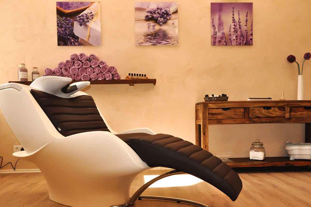 Wellness Antiaging Tipps Massageliege Wellnessliegen