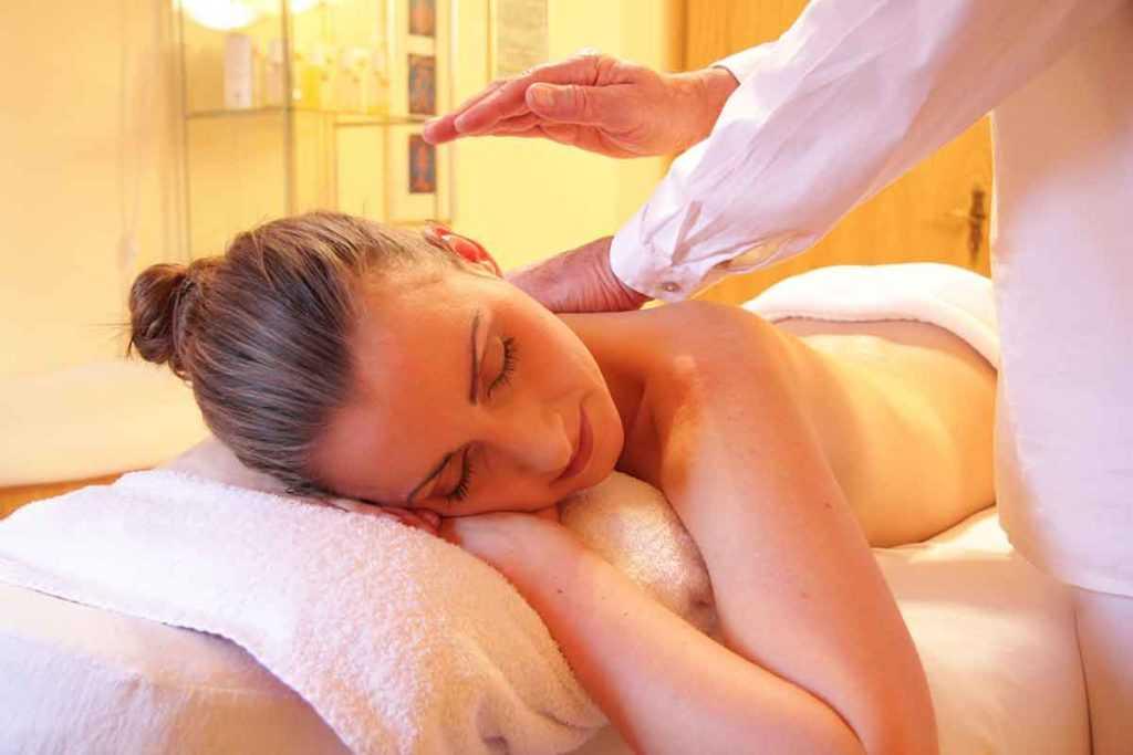 Wellness Anti-Aging Massage Marnitz-Therapie Schlüsselzonenmassage